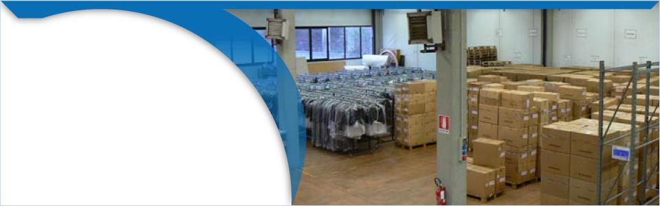 Logistica: magazzino a disposizione come deposito merci e attrezzature in attesa di spedizione